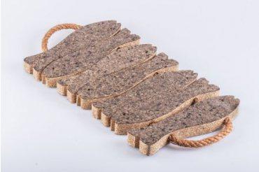 Cork pad fish